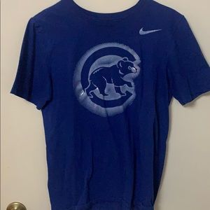Chicago Cubs Small Nike Shirt.